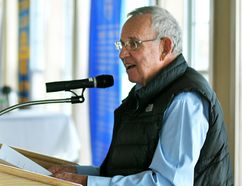 Chatham farmer Bob Kerr speaks anout the role agriculture should play in fighting climate change during a Rotary Club of Chatham meeting at Links of Kent Golf Club Events Centre on Wednesday January. 31, 2018. (Tom Morrison/Postmedia Network)