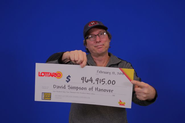 David Simpson of Hanover and his winning cheque. (Supplied photo)