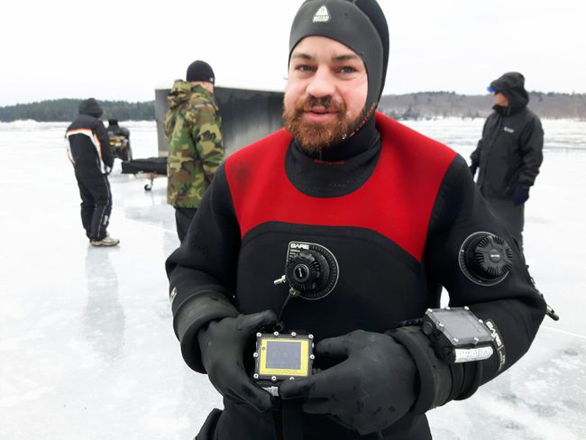 Supplied Photo Kevin Brown prepares for his dive into the depths of Mazinaw Lake on Jan. 27.