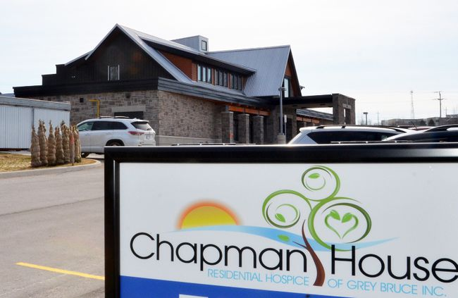 Chapman House, operated by the Residential Hospice of Grey Bruce Inc., in Owen Sound. A proposal to create a satellite branch of the hospice has been shelved. DENIS LANGLOIS/THE SUN TIMES