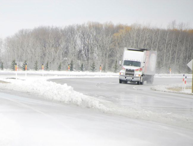 Westbound motorist are advised a travel advisory is in effect following the winter storm that blasted across southern Manitoba, overnight Sunday resulting in numerous provincial road and highway closures Monday morning, March 5. File photo