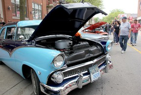 RetroFest will be held May 25 and 26 in downtown Chatham. Included in the two-day event will be a beverage garden with main stage entertainment. (File photo/Postmedia Network)