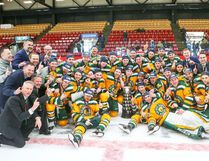 Photos courtesy of the University of Alberta athletics department Fort's own Tyson Baillie was part of the University of Alberta's Golden Bears hockey team, which took the 2018 University Cup on March 18.