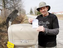 Canada Post left Dave Zeldon, of Tyrrell, a note this week saying his hockey stick memorial to Humboldt at his mailbox made it difficult for its carrier to deliver his mail. Zeldon can't guess what the problem was other than the shrine may have made it difficult to engage the red plastic flag on top of his box. MONTE SONNENBERG / SIMCOE REFORMER