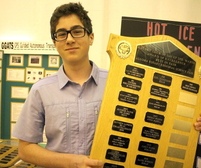 Shail Giroux, winner of Rotary Club of Sault Ste. Marie Award of Excellence, for top exhibit entered at 31st annual Rotary Science Fair Algoma at Algoma University's George Leach Centre in Sault Ste. Marie, Ont., on Saturday, April 14, 2018. (BRIAN KELLY/THE SAULT STAR/POSTMEDIA NETWORK)