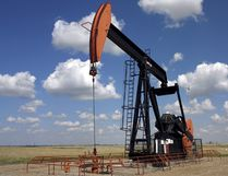 This pumpjack near Weyburn, Sask. is part of a western Canadian energy economy that benefits the whole nation, a report says.
