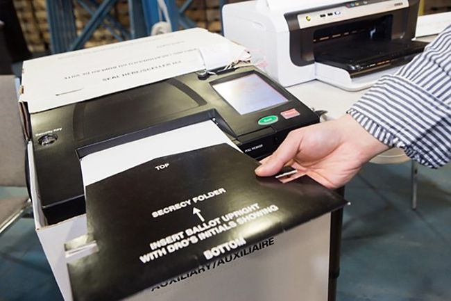 A voting machine is seen in this undated handout photo. Voters across Ontario may notice the rise of the machines when they cast their ballots for the next premier. The province is implementing two new pieces of technology that they say should help speed up both the voting and ballot-counting process. THE CANADIAN PRESS/Elections Ontario