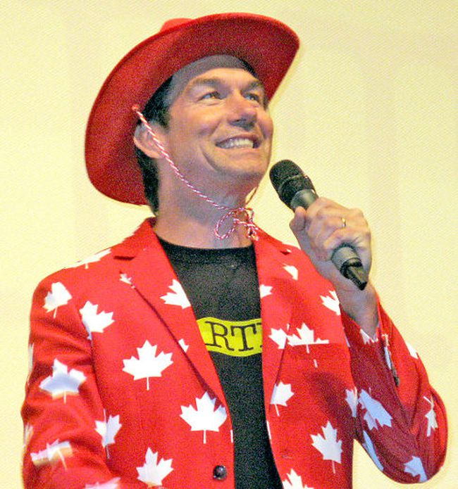Actor Jerry O'Connell wore a red hat and red and white maple leaf jacket to the Capitol Centre Tuesday to prove his love for Canada. O'Connell was in town for a special screening of his TV series Carter. Cindy Males / For The Nugget