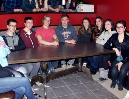 Sean Chase/Daily Observer Ontrac Employment Services conducted a career workshop recently at Fellowes High School. In the photo are (front left to right) Bailey Kuehl, Alyssa Black, Owen Billo, Daniel Klotz, Isaiah Parsons, Tyler Crigger, Brianna Brown, Celine Lafrance, Keanna Maves, Valentina Candelaria, Larissa Farrell, (back left to right) Claudia Bruder Burchat, Tina Chevrier, Sara MacOdrum, Austin May, Hannah Luloff, Riley Resmer and Paige Crozier.