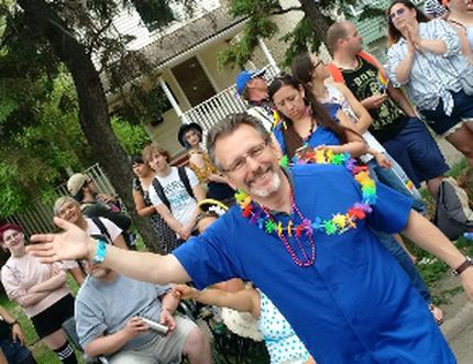 United Conservative Party nomination candidate for Sherwood Park, Len Thom is pictured marching with council in the Edmonton Pride Parade, sporting a Strathcona County shirt. Twitter Photo