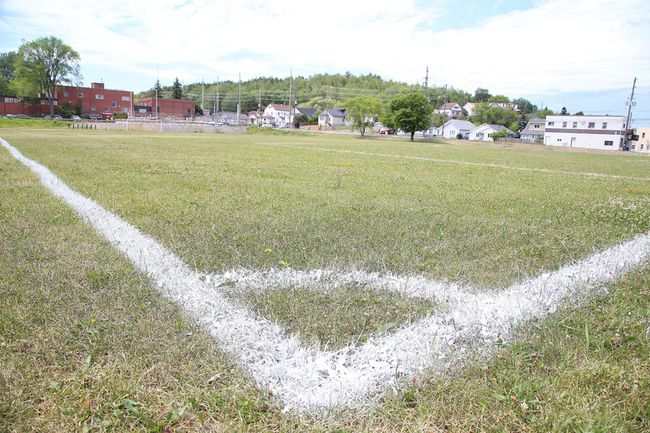 A new sports bubble will be built on this field at Ecole secondaire du Sacre-Coeur in Sudbury, Ont. on Monday July 9, 2018. The Conseil scolaire catholique du Nouvel-Ontario (CSCNO) is pleased to announce that it has signed an agreement with the Sudbury District Sports Club that will see a new sports bubble built on the property of ecole secondaire du Sacre-Coeur in Sudbury. The proposed new all-season sports facility will house two synthetic turf soccer fields and operate year-round. Gino Donato/Sudbury Star/Postmedia Network
