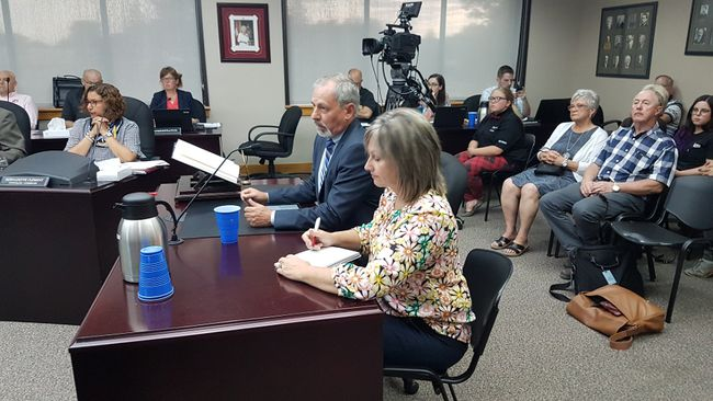 <p>EORN representatives Jim Pine and Lisa Severson make their pitch to Cornwall city council on Monday July 9, 2018 in Cornwall, Ont. </p><p>