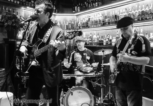 """Lee Holmes and the Beautitones will be performing at the Porquis Rock 'n' Blues Festival on Saturday, July 21. Holmes, the bassist and lead vocalist, will be accompanied by his bandmates Marco """"Bolo"""" Bolognini on guitar and Massimo Prosdocimo on drums."""