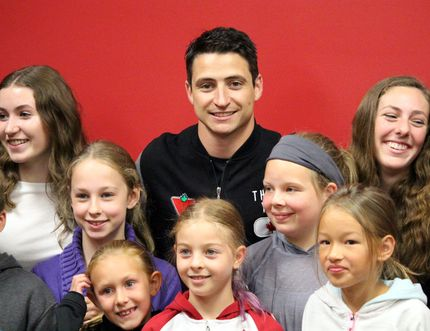 BEN COHEN/Sault Star Scott Moir (centre), Canadian figure skater and Olympic gold medalist, meets Sault Ste. Marie area figure skaters and fans at the Essar Centre Thursday afternoon.