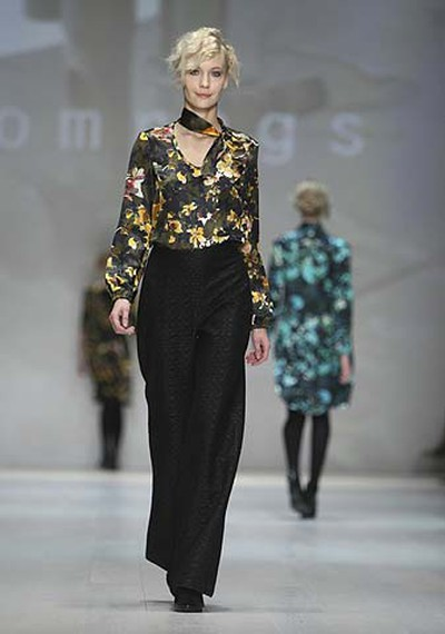 A model shows off a look from Comrags' Fall Winter 2011 collection  during LG Fashion Week in Toronto on March 30, 2011. (Stan Behal/QMI Agency)