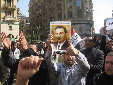 Demonstrators who support embattled Egyptian President Hosni Mubarak took to the streets in downtown Cairo, Egypt Wednesday February 2, 2011. (David Akin/QMI Agency)