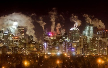 Downtown Calgary steams in the -25C cold as seen from the north-west in Calgary on January 30, 2011. MIKE DREW/QMI AGENCY