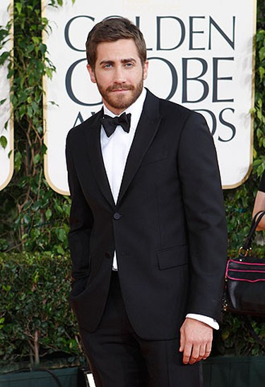 Actor Jake Gyllenhaal arrives at the 68th annual Golden Globe Awards in Beverly Hills, California, January 16, 2011. REUTERS/Mario Anzuoni