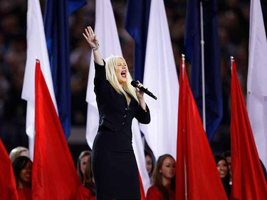 Christina Aguilera sings the National Anthem prior to the start of the NFL's Super Bowl XLV. (REUTERS/Brian Snyder)