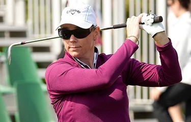 LPGA Tour pro Annika Sorenstam conducts a golf clinic to Canada's top junior golfers at the Magna Golf Course in Aurora on Sept. 21, 2010 as part of a fundraiser for women's charities. (MARK O'NEILL, Toronto Sun)