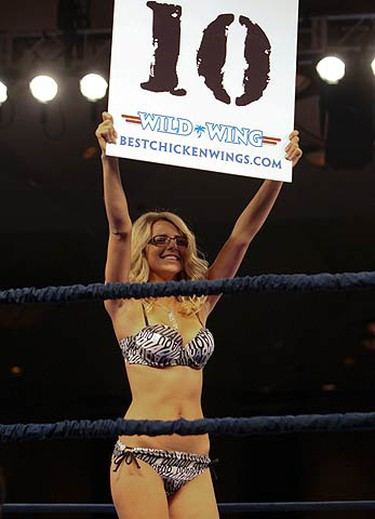 Beata announces the 10th round of the Pajkic vs. Butler fight on Sept. 4, 2010 at the Fairmont Royal York hotel. (JACK BOLAND, Toronto Sun)