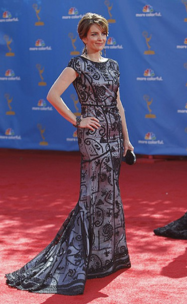 Actress Tina Fey from the comedy series '30 Rock' poses at the 62nd annual Primetime Emmy Awards in Los Angeles, California August 29, 2010. (REUTERS/Mario Anzuoni)