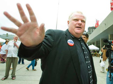 Toronto mayoral candidate Rob Ford waves goodbye in front of Toronto's City Hall on Wednesday August 18, 2010. (Ernest Doroszuk, TORONTO SUN)