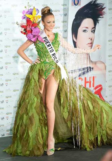 Miss Puerto Rico Mariana Paola Vicente poses in her national costume at the Mandalay Bay Resort and Casino in Las Vegas, Nevada August 16, 2010. The Miss Universe 2010 pageant will take place in Las Vegas on August 23. (REUTERS)