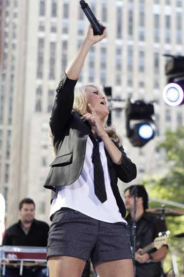 Singer Carrie Underwood performs on NBC's Today Show in New York July 30, 2010. (REUTERS)