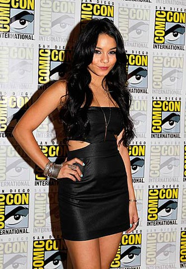"""Actress Vanessa Hudgens, cast member of the upcoming Warner Bros motion picture """"Sucker Punch"""", poses for a picture at Comic Con in San Diego, California July 24, 2010.   (REUTERS)"""
