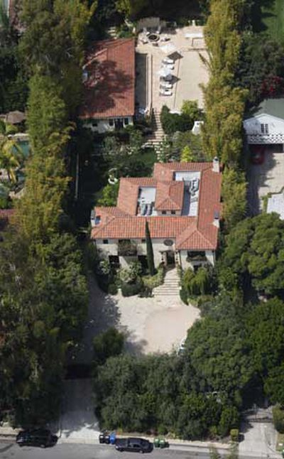 Aerial view of Halle Berry's West Hollywood home in California's, 02.06.2010 (WENN.com)