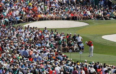 Lee Westwood of England hits his tee shot on the third hole during final round play in the 2010 Masters golf tournament at the Augusta National Golf Club in Augusta, Georgia, on April 11, 2010. (REUTERS)
