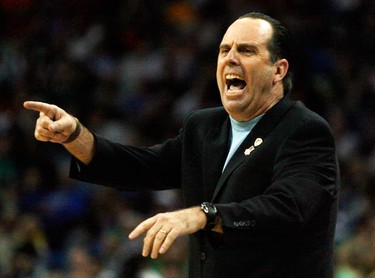 Notre Dame head coach Mike Brey instructs his players during the second half of their 2010 Division I Men's NCAA Basketball Tournament game against Old Dominion in New Orleans, Louisiana on March 18, 2010. (REUTERS)