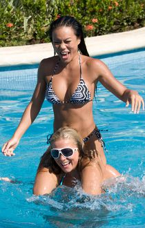 Deanna and Sylvia play around in Riu Guanacaste resort's swimming pool.