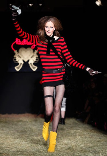 A model presents a creation from the Fall 2010 Betsey Johnson collection during New York Fashion Week February 14, 2010.  (REUTERS)