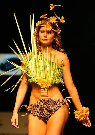 A model presents a creation by designer Nataly Jojoa during the Biofashion show in Cali on Nov. 26, 2009. (REUTERS)