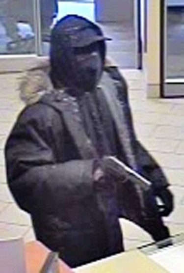The York Regional Police and Toronto Police have released surveillance photos of three suspects wanted in connection with two bank robberies in the City of Vaughan and three others in Toronto.(Photo supplied by York Regional Police)