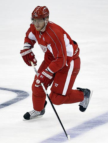 Marian Hossa skates during Red Wings practice at Joe Louis Arena ahead of the Stanley Cup Finals in Detroit, Michigan on May 29, 2009. (DAVE ABEL, Sun Media)