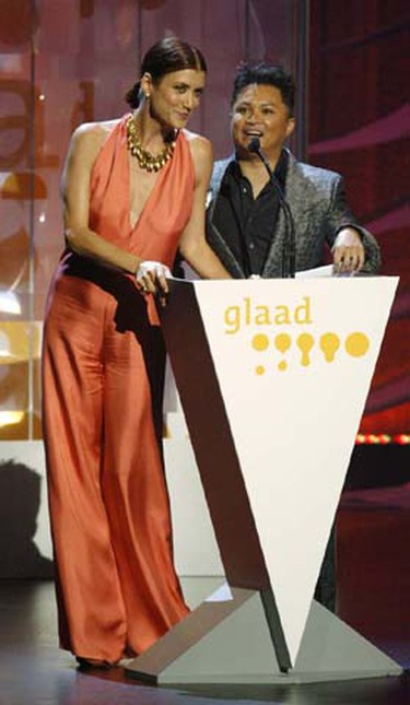 Actors Kate Walsh (left) and Alec Mapa present an award at the 20th GLAAD Media Awards in Los Angeles, California April 18, 2009. The Gay & Lesbian Alliance Against Defamation sponsors the awards, which promote the accurate representation of gay and lesbian people. (Fred Prouser/REUTERS)