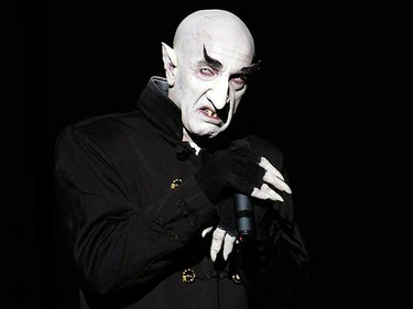 """Actor Suso Silva, dressed as Nosferatu the vampire, performs during the dress rehearsal of """"Psicosis"""" by the """"Circo de la Horrores"""" (Horror Circus) company, in Madrid on April 17, 2009. (REUTERS)"""