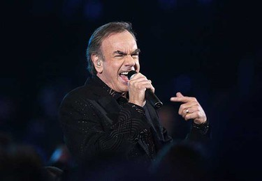 Singer Neil Diamond performs at the 51st annual Grammy Awards in Los Angeles Feb. 8, 2009.     REUTERS/Lucy Nicholson