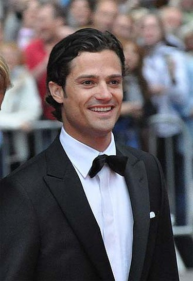 Prince Carl Philip, 31Country: Sweden Sweden's playboy prince is rumoured to be a regular guest at Stockholm's nightclubs. He's recently been linked to bikini model and reality TV star Sofia Hellqvist. We bet fellow clubgoers often mistake him for actor Orlando Bloom.(Prolineserver 2010/Wikipedia)