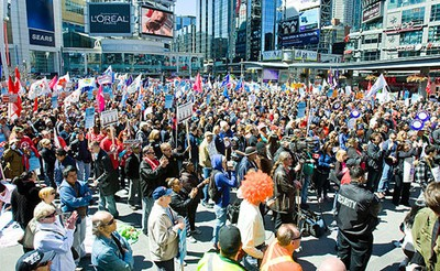 Thousands of people rallied against city service cuts and increased fees in downtown Toronto on April 9, 2011. (ERNEST DOROSZUK/QMI Agency/Toronto Sun)