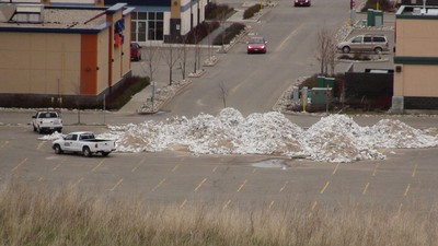 A pile of sandbags in the Corral Centre in Brandon is used as businesses try to protect property from the rising Assiniboine River on May 12, 2011. (Jillian Austin/Winnipeg Sun)