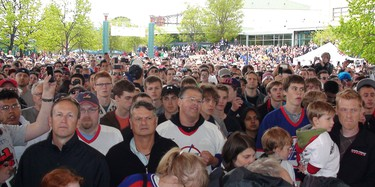 Forks was party central after NHL announcement_1