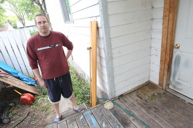Derek Kane chased the person he thinks set fire to his porch recently.  Winnipeg.  Friday, July 22, 2011.