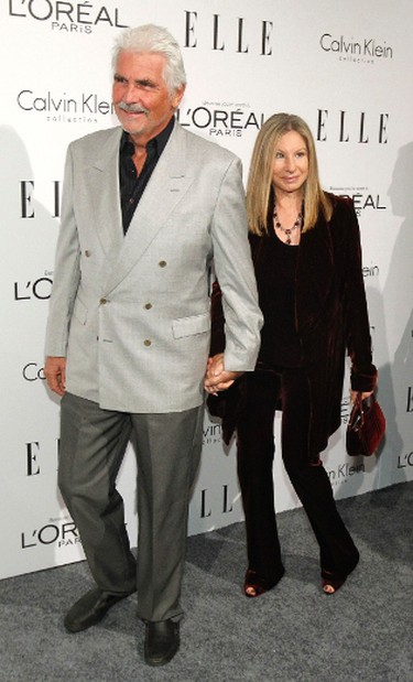 Actress-singer Barbra Streisand and her husband actor James Brolin arrive at Elle's 18th Annual Women in Hollywood Tribute in Los Angeles October 17, 2011.   REUTERS/Mario Anzuoni (UNITED STATES)