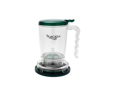 Co-worker who's obsessed with tea: Teaopia's Tea Master ($20 for 16-oz capacity, $30 for 32 oz, Teaopia.ca) will make brewing from loose leaves easy and is tea-enthusiast approved. (Supplied)