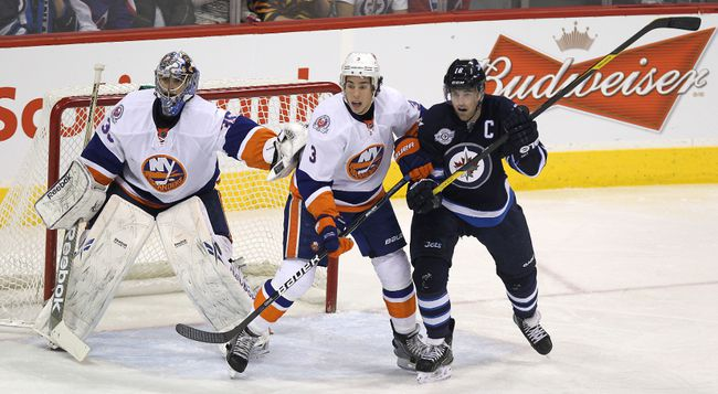 Jets vs Islanders — Dec. 20, 2011_20