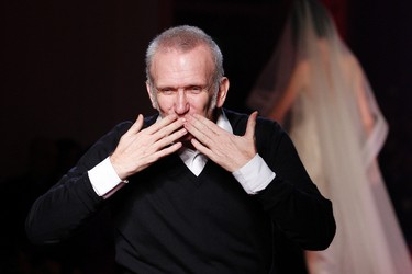 French designer Jean Paul Gaultier blows kisses at the end of his Haute Couture Spring-Summer 2012 fashion show in Paris January 25, 2012.  REUTERS/Gonzalo Fuentes